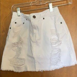 Dresses & Skirts - Perfect mini white jean skirt